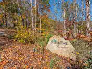 96 North Knob Lane #9 in Weaverville, NC 28787 - MLS# 3504196