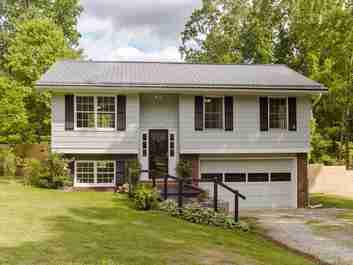 15 Woodhaven Drive in Arden, NC 28704 - MLS# 3508328