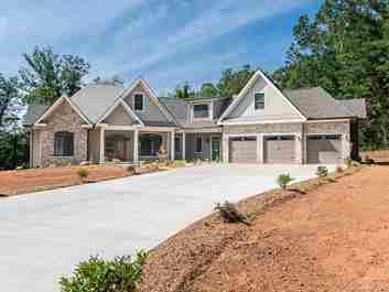 257 Red Fox Lane in Flat Rock, NC 28731 - MLS# 3509899