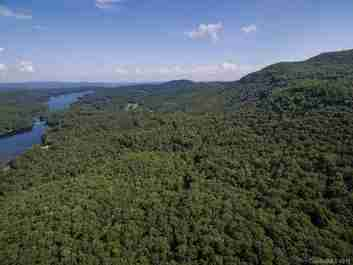 4 Cardinal Drive W #TRP 4 in Lake Toxaway, North Carolina 28747 - MLS# 3510868