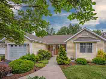 59 Charlestown Drive #1 A in Hendersonville, North Carolina 28792 - MLS# 3516596