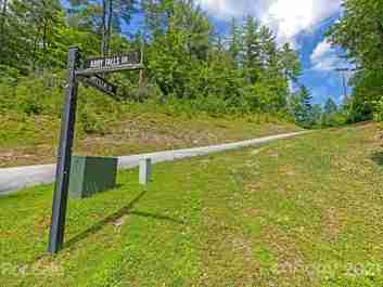 Lot 47 Sweetleaf Lane in Rosman, North Carolina 28772 - MLS# 3519708