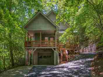 98 Creekside Drive in Maggie Valley, North Carolina 28751 - MLS# 3519821