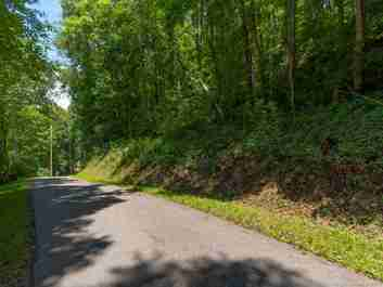 Lot #302 Old Country Road in Waynesville, NC 28786 - MLS# 3523147