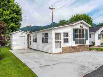 146 Summer Place Drive in Waynesville, NC 28785 - MLS# 3524295