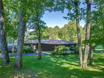 92 Mallard Point #5 in Lake Toxaway, North Carolina 28747 - MLS# 3528602