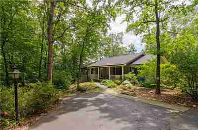358 Deer Run in Hendersonville, North Carolina 28739 - MLS# 3530573