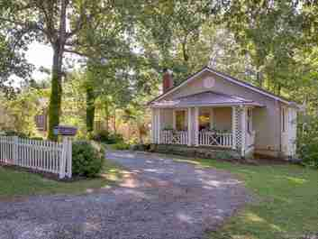 100 Thomas Street in Brevard, NC 28712 - MLS# 3533439