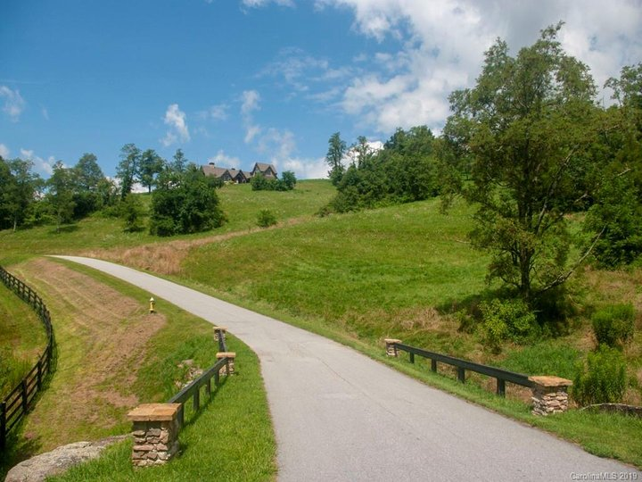 Image 1 for Lot 22 Grand Highlands Drive in Hendersonville, North Carolina 28792 - MLS# 3534369