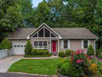 135 Ridge Road in Waynesville, NC 28786 - MLS# 3535167