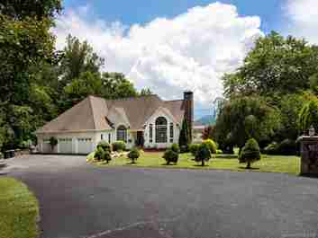 242 Laurel Ridge Drive in Waynesville, NC 28786 - MLS# 3537356