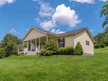 329 Hill View Drive in Canton, NC 28716 - MLS# 3537664