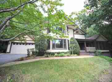 800 Sunlight Ridge Drive in Hendersonville, NC 28792 - MLS# 3539612