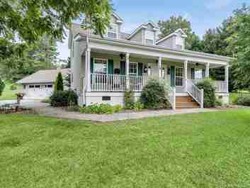 16 Scenic Ridge Drive in Hendersonville, North Carolina 28792 - MLS# 3542269