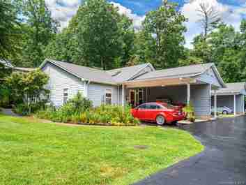 119 Shadowbrook Drive #C1 in Asheville, North Carolina 28805 - MLS# 3545501