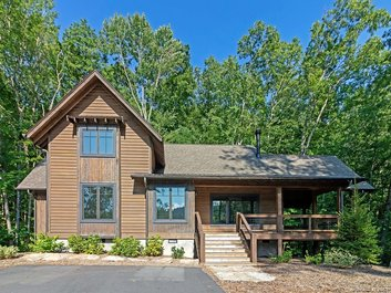 Image of 4140 Lake Forest Drive in Tuckasegee, Nc 28783