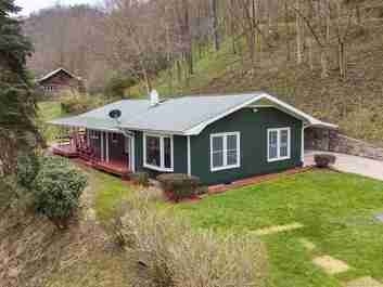 7 Buckeye Haven Road in Maggie Valley, NC 28751 - MLS# 3548224