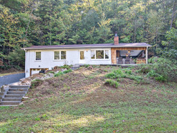 339 Holiday Drive in Hendersonville, North Carolina 28739 - MLS# 3549951