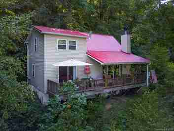 820 Creekside Drive in Maggie Valley, NC 28751 - MLS# 3553000