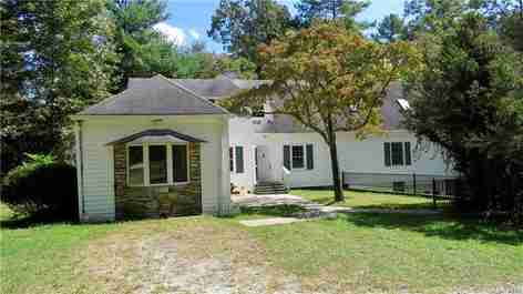 609 Price Road in Hendersonville, NC 28739 - MLS# 3553833