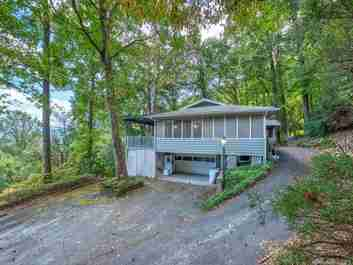 505 Scenic Circle in Waynesville, NC 28786 - MLS# 3555286