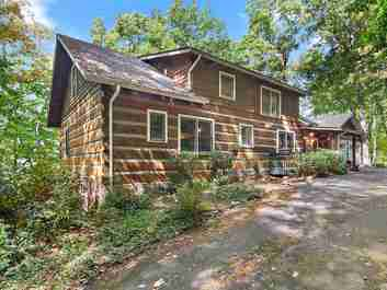 194 Crestmont Drive in Waynesville, North Carolina 28786 - MLS# 3557397