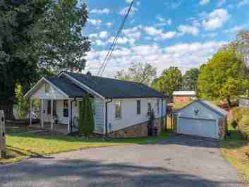 171 Dewey Avenue in Canton, NC 28716 - MLS# 3559816