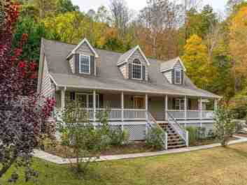525 Campbell Mountain Drive in Waynesville, NC 28785 - MLS# 3563128