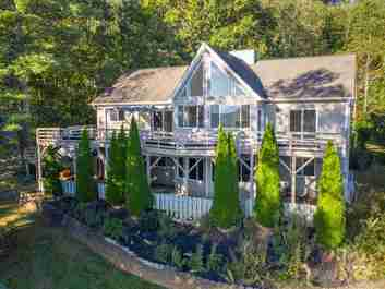 66 Surrey Run in Asheville, NC 28803 - MLS# 3563947