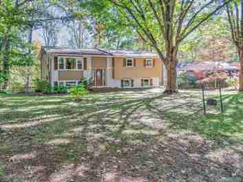 53 Captains Drive in Candler, NC 28715 - MLS# 3564056
