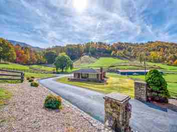 594 Greenview Drive in Waynesville, NC 28786 - MLS# 3566465
