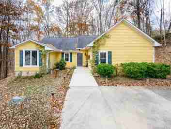 22 Nicola Drive in Candler, NC 28715 - MLS# 3571050
