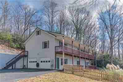 64 Old Overlook Trail in Hendersonville, North Carolina 28739 - MLS# 3572892