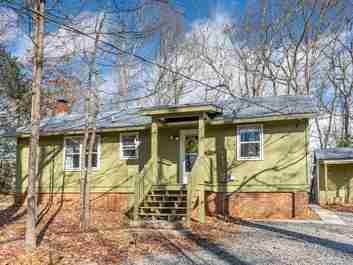 695 Glen Echo Circle in Saluda, NC 28773 - MLS# 3586745