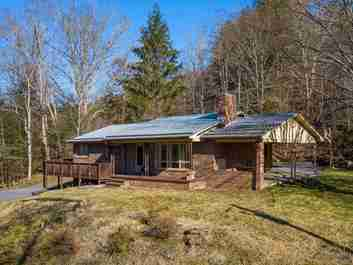 218 Turnpike Road in Canton, NC 28716 - MLS# 3592957