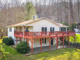 306 Twin Brook Drive in Waynesville, NC 28785 - MLS# 3593390
