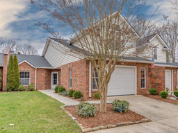 44 Lake Pointe Circle in Hendersonville, NC 28792 - MLS# 3593635