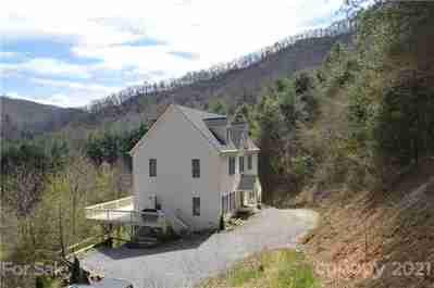267 Eagles Trace in Canton, NC 28716 - MLS# 3606862