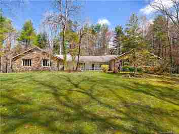255 Tranquility Place in Hendersonville, NC 28739 - MLS# 3609449