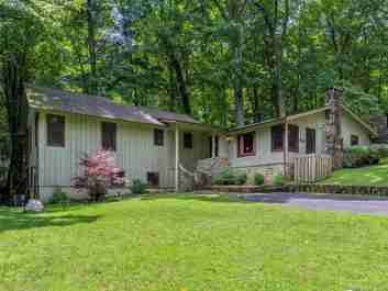 29 Turner Lane in Waynesville, NORTH CAROLINA 28786 - MLS# 3615375