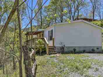 42 Venice Place in Canton, NC 28716 - MLS# 3617447