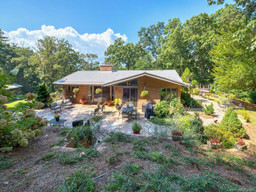 29 Longue Vue Lane in Canton, NC 28716 - MLS# 3623552