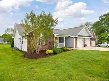 62 Beaver Dam Drive in Mills River, NC 28759 - MLS# 3623827