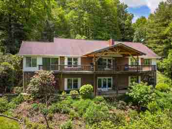 114 Victoria Way in Waynesville, NORTH CAROLINA 28786 - MLS# 3624602
