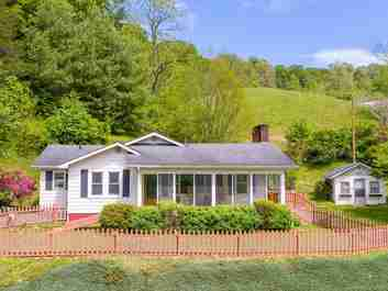 15388 Us Hwy 19w in Green Mountain, NC 28740 - MLS# 3628677