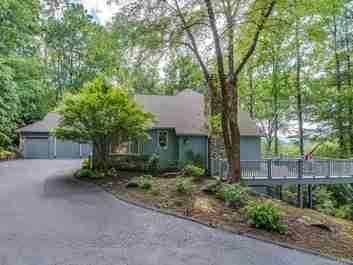 225 Amblewood Trail in Hendersonville, NC 28739 - MLS# 3630705