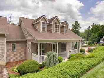 120 Cold Stream Way in Hendersonville, NC 28791 - MLS# 3635737