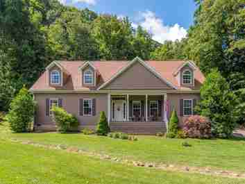 65 Crow Fields Road in Maggie Valley, NORTH CAROLINA 28751 - MLS# 3640798