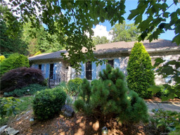 4 Riding Gate Road in Hendersonville, NC 28791 - MLS# 3640909