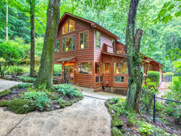97 Split Rail Lane in Waynesville, NC 28786 - MLS# 3647675